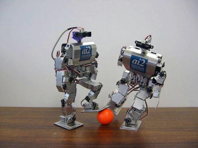 Robô boleiro