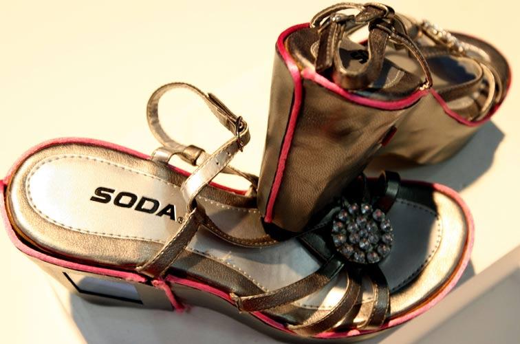 Sandállia hi-tech