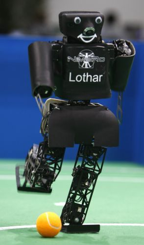 Robô artilheiro